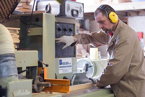 Torneria falegnameria accessori in legno su misura